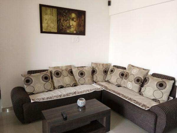 Living Room Image of 450 Sq.ft 1 BHK Apartment for rent in Borivali West for 20000