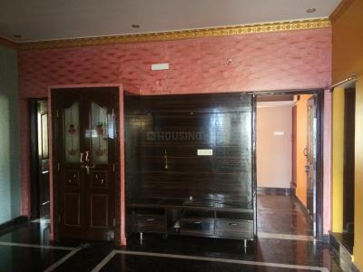 Gallery Cover Image of 620 Sq.ft 2 BHK Independent Floor for rent in Kurubarahalli for 10000