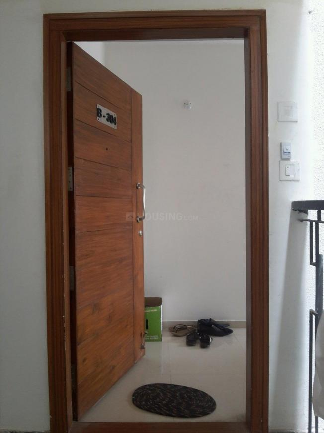 Main Entrance Image of 1350 Sq.ft 2 BHK Apartment for rent in Adugodi for 33000