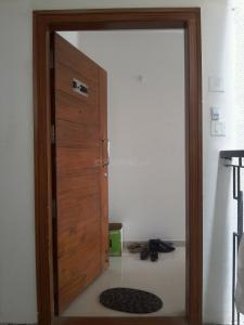 Gallery Cover Image of 1350 Sq.ft 2 BHK Apartment for rent in Adugodi for 33000