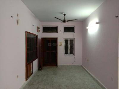 Gallery Cover Image of 1000 Sq.ft 2 BHK Apartment for rent in Tarnaka for 13000