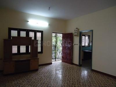 Gallery Cover Image of 1100 Sq.ft 2 BHK Independent Floor for rent in Aminjikarai for 20000