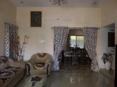 Gallery Cover Image of 1500 Sq.ft 3 BHK Apartment for rent in Bommanahalli for 24000