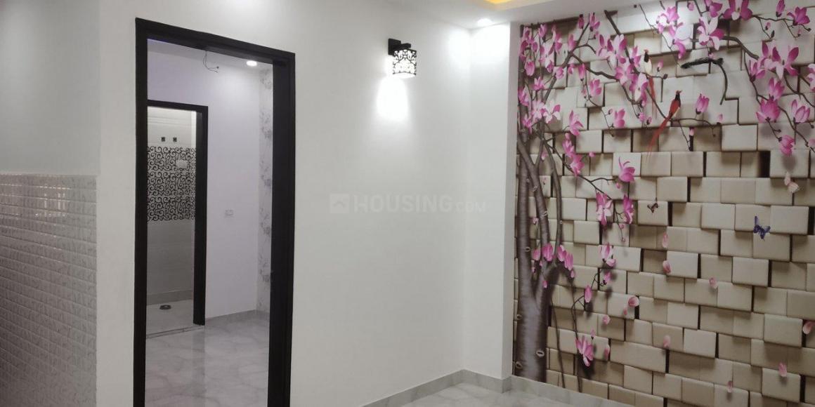 Living Room Image of 750 Sq.ft 2 BHK Independent Floor for buy in Dwarka Mor for 3615000
