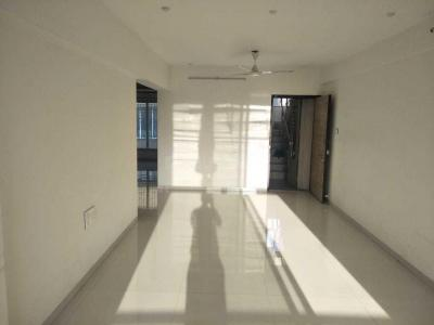 Gallery Cover Image of 800 Sq.ft 2 BHK Apartment for rent in Neumec Shivam Apartments, Vile Parle East for 60000