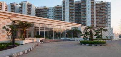 Gallery Cover Image of 2558 Sq.ft 3 BHK Apartment for rent in Sector 72 for 45000