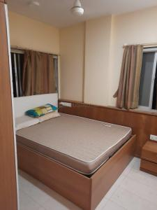 Gallery Cover Image of 550 Sq.ft 1 BHK Apartment for rent in Malabar Hill for 75000