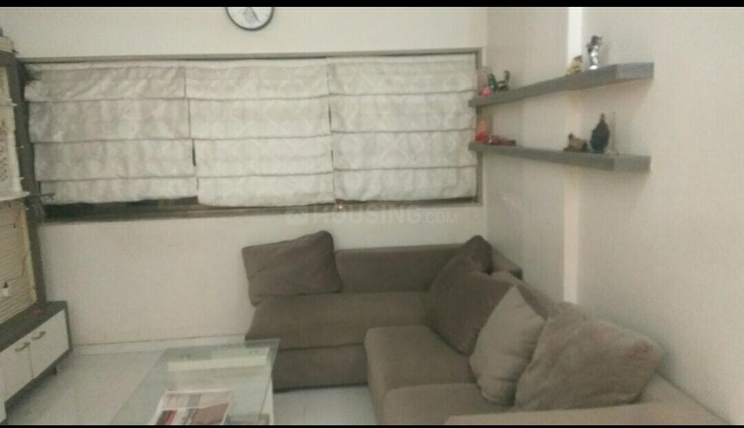 Living Room Image of 900 Sq.ft 2 BHK Apartment for rent in Kandivali West for 27000