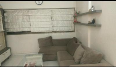 Gallery Cover Image of 900 Sq.ft 2 BHK Apartment for rent in Kandivali West for 27000