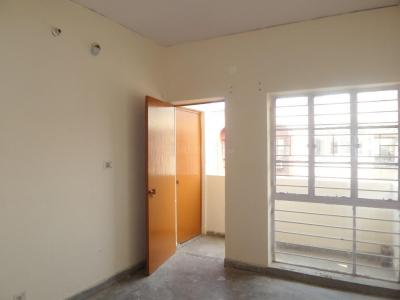 Gallery Cover Image of 550 Sq.ft 1 BHK Apartment for buy in Paschim Vihar for 4000000