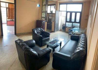 Gallery Cover Image of 1350 Sq.ft 3 BHK Apartment for rent in Ahinsa Khand for 22000