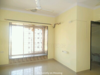 Gallery Cover Image of 615 Sq.ft 1 BHK Apartment for buy in Bhoomi Group Park, Malad West for 8200000