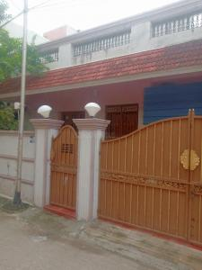 Gallery Cover Image of 2280 Sq.ft 2 BHK Independent House for buy in Adambakkam for 16500000