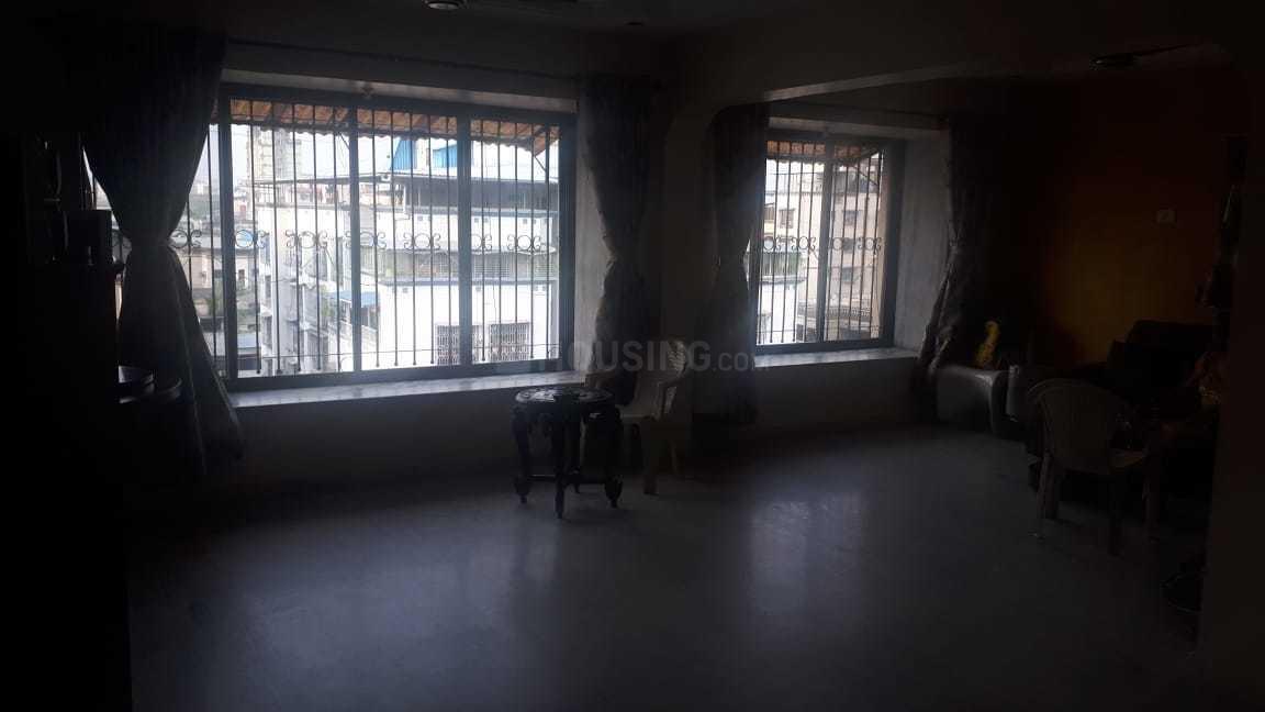 Living Room Image of 650 Sq.ft 1 BHK Apartment for rent in Kopar Khairane for 16000