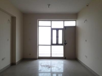 Gallery Cover Image of 1250 Sq.ft 2 BHK Apartment for buy in Sector 76 for 3800000