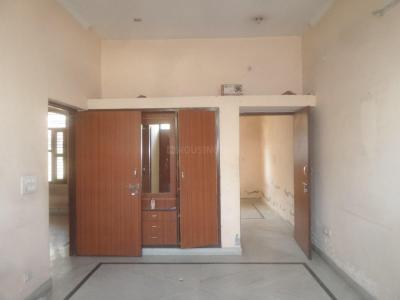 Gallery Cover Image of 1650 Sq.ft 3 BHK Independent House for rent in Sector 39 for 30000