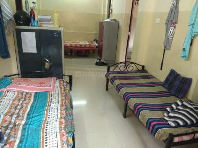 बिब्वेवादी में राज पीजी के बेडरूम की तस्वीर