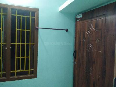 Gallery Cover Image of 600 Sq.ft 2 BHK Independent House for rent in Boothipuram for 4500