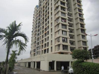 Gallery Cover Image of 1100 Sq.ft 2 BHK Apartment for rent in Kalyan West for 16000