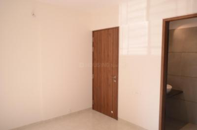 Gallery Cover Image of 940 Sq.ft 2 BHK Apartment for buy in Vardhman Dreams, Wakad for 6050000