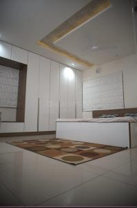 Gallery Cover Image of 1800 Sq.ft 3 BHK Apartment for rent in Gachibowli for 39000