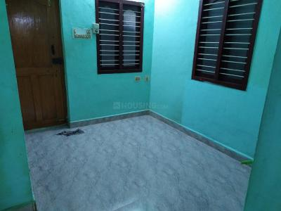 Gallery Cover Image of 640 Sq.ft 1 BHK Independent House for rent in Urapakkam for 4800