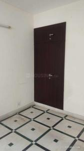 Gallery Cover Image of 1250 Sq.ft 2 BHK Apartment for rent in Sector 6 Dwarka for 23000