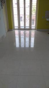 Gallery Cover Image of 1000 Sq.ft 2 BHK Apartment for rent in  Vijaya Nagar, Velachery for 18000