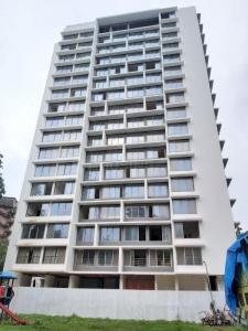 Gallery Cover Image of 923 Sq.ft 2 BHK Apartment for buy in Kesar Scion, Ghatkopar East for 19000000