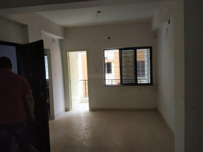 Gallery Cover Image of 800 Sq.ft 2 BHK Apartment for rent in Garia for 11000