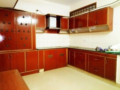 Gallery Cover Image of 950 Sq.ft 2 BHK Independent Floor for rent in Alandur for 15000