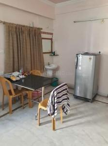 Gallery Cover Image of 650 Sq.ft 2 BHK Apartment for rent in Madhapur for 32000