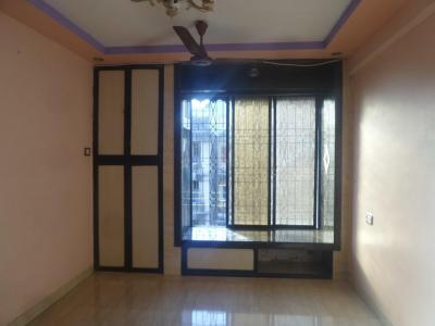 Gallery Cover Image of 340 Sq.ft 1 RK Apartment for rent in Kandivali West for 10000