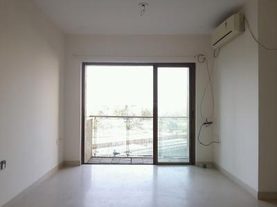 Gallery Cover Image of 1107 Sq.ft 2 BHK Apartment for buy in Thane West for 13200000