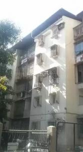 Gallery Cover Image of 450 Sq.ft 1 BHK Apartment for buy in Gokuldham Complex, Goregaon East for 7900000