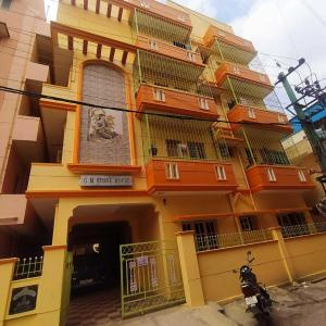 Gallery Cover Image of 200 Sq.ft 1 RK Independent House for rent in Whitefield for 6500