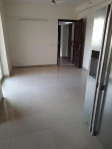 Gallery Cover Image of 1250 Sq.ft 3 BHK Apartment for rent in Sethi Max Royal, Sector 76 for 20000