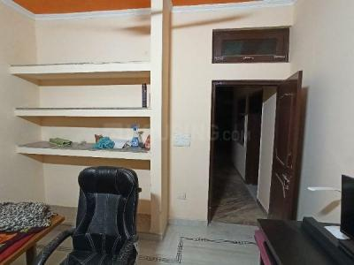 Gallery Cover Image of 450 Sq.ft 2 BHK Independent Floor for rent in Aya Nagar for 9000