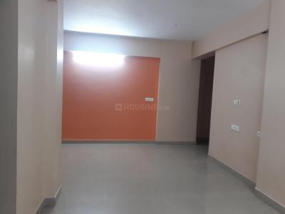 Gallery Cover Image of 1700 Sq.ft 3 BHK Apartment for rent in Raja Bazar for 36000