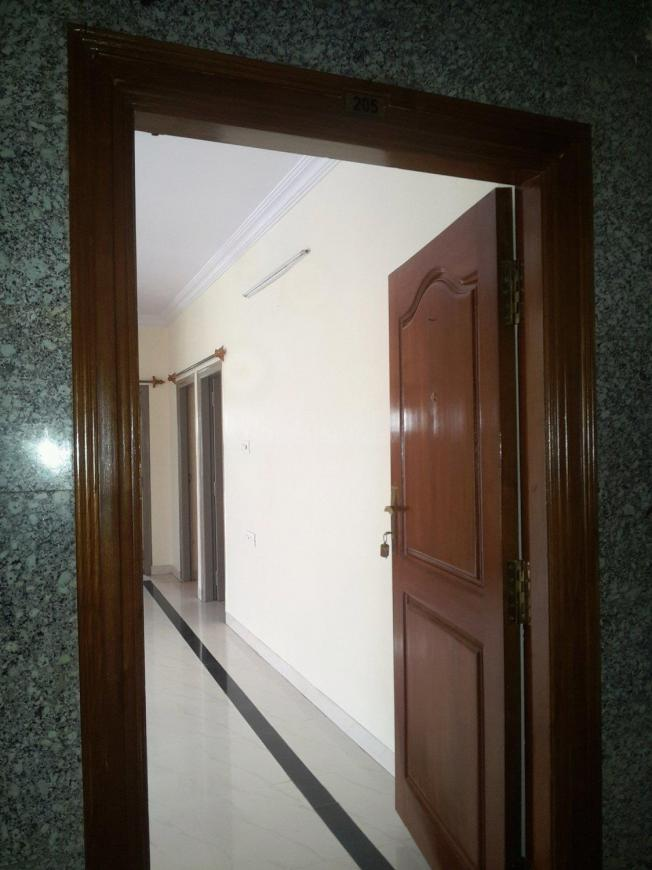 Main Entrance Image of 1600 Sq.ft 3 BHK Apartment for rent in New Thippasandra for 30000