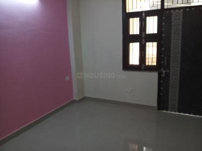 Gallery Cover Image of 850 Sq.ft 2 BHK Apartment for rent in Noida Extension for 6000