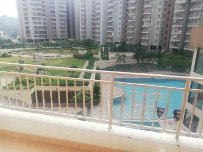 Gallery Cover Image of 1082 Sq.ft 2 BHK Apartment for rent in Supertech Ecociti, Sector 137 for 14000