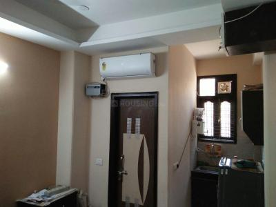 Gallery Cover Image of 300 Sq.ft 1 BHK Independent Floor for buy in Sector 3 Rohini for 2550000