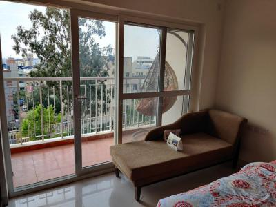 Gallery Cover Image of 730 Sq.ft 2 BHK Apartment for buy in Hubtown Greenwoods, Thane West for 8900000