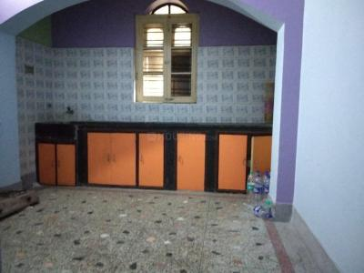 Gallery Cover Image of 450 Sq.ft 1 RK Apartment for rent in Keshtopur for 4500