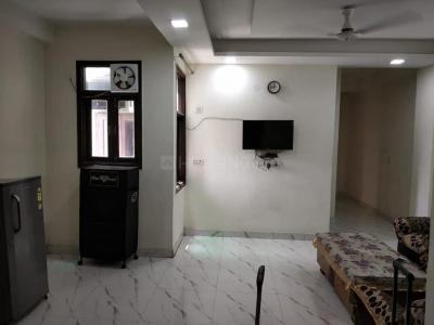 Gallery Cover Image of 1000 Sq.ft 2 BHK Apartment for rent in Saket for 24000