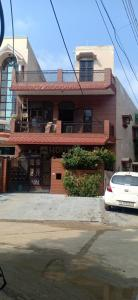 Gallery Cover Image of 1500 Sq.ft 2 BHK Independent House for buy in Sector 23 for 16300000