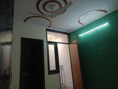 Gallery Cover Image of 650 Sq.ft 2 BHK Independent Floor for rent in Govindpuri for 9000