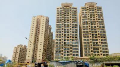 Gallery Cover Image of 1000 Sq.ft 2 BHK Apartment for rent in Malad East for 65000