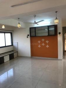 Gallery Cover Image of 1100 Sq.ft 2 BHK Apartment for rent in Bandra West for 80000